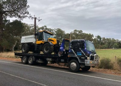 Towing a tip truck across the Adelaide Hills to Strathalbyn